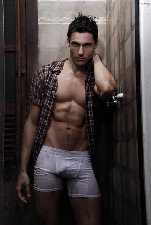 handsome-gayman-2